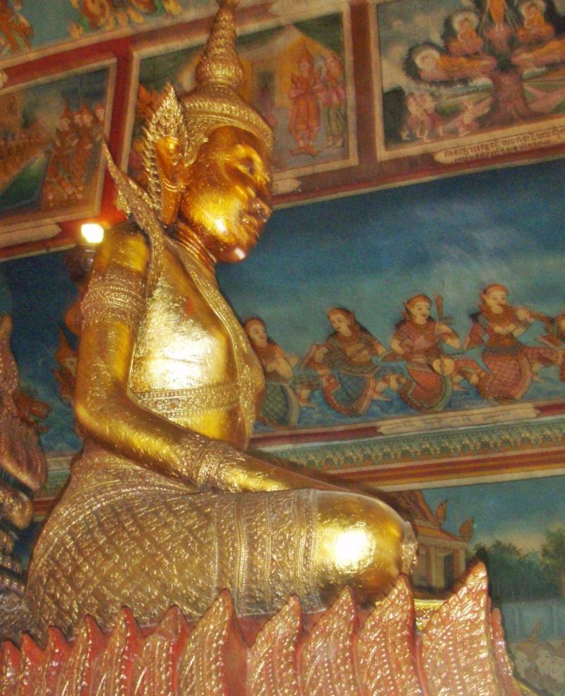 Wat Phnom Buddha