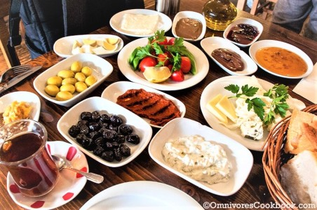 Turkish Breakfast Spread - Omnivore's Cookbook
