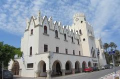Kos Building