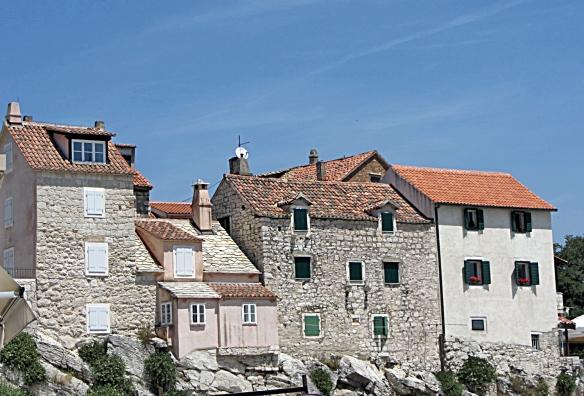Stone Houses Best1