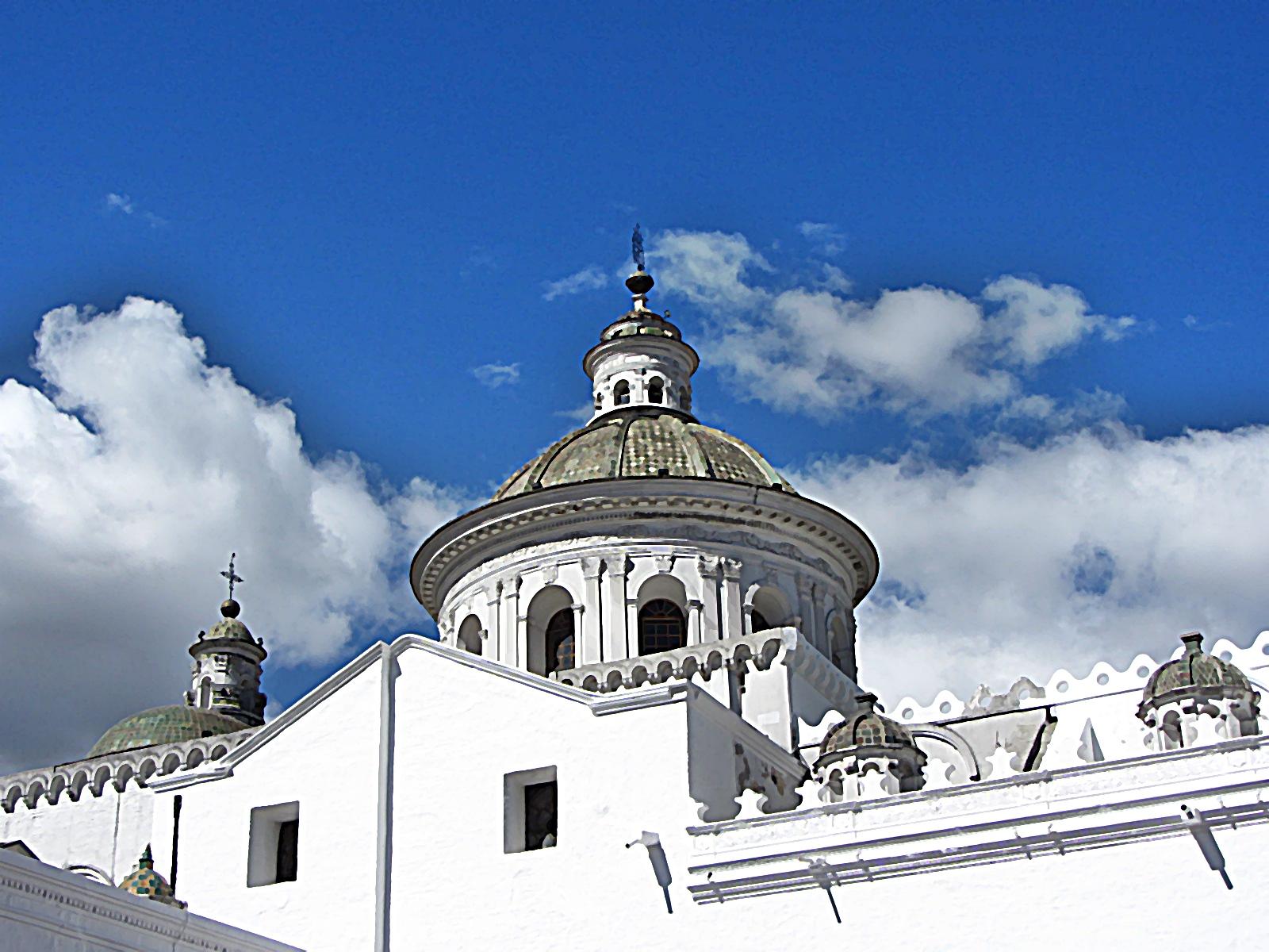 Quito ciudad hermosa suemtravels for Ciudad jardin quito 2015