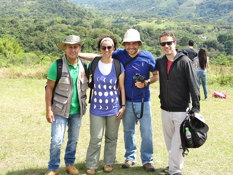 Ernesto (Guide), Maria, Juan, Juan