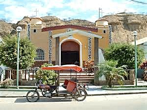 Main Street Mancora