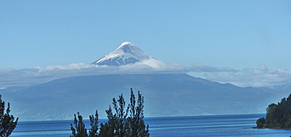 Lake Llanquihue and Volcán Osorno