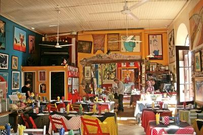 Colonia Restaurant & Cafe