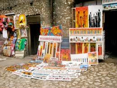 Artist Display Stone Town