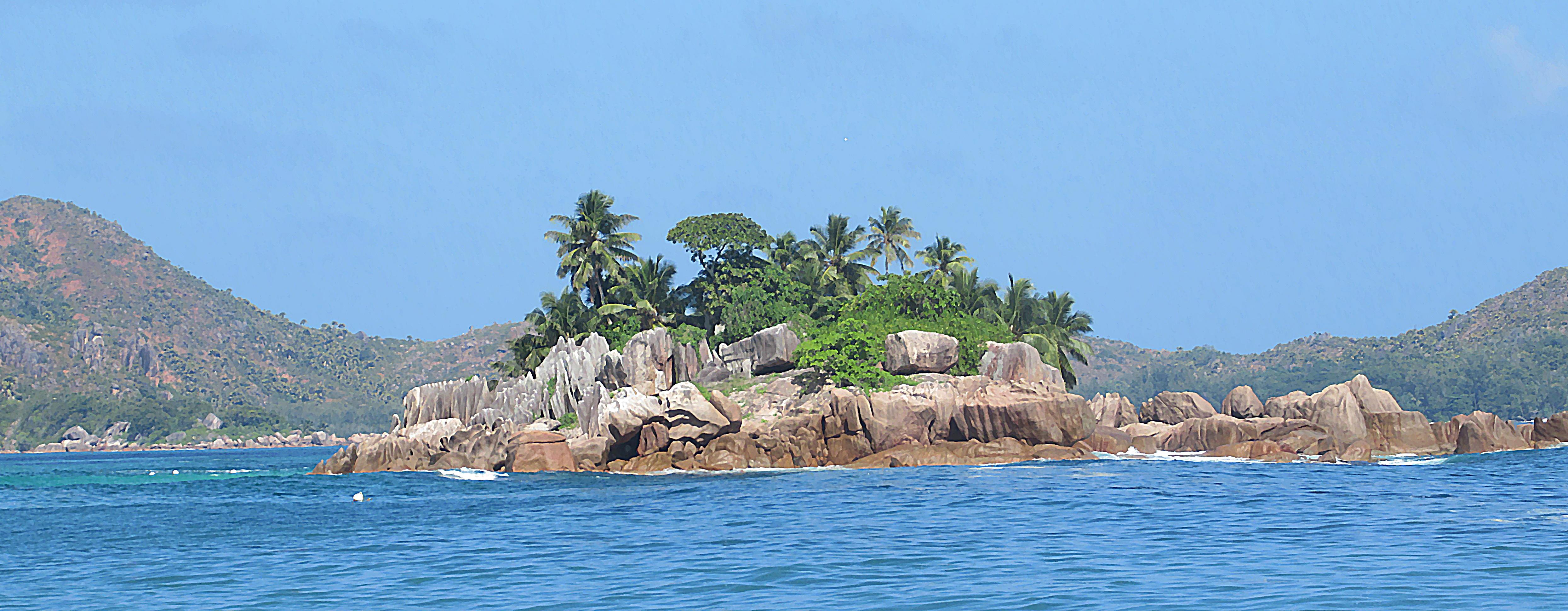 Sailing and Snorkeling Seychelles