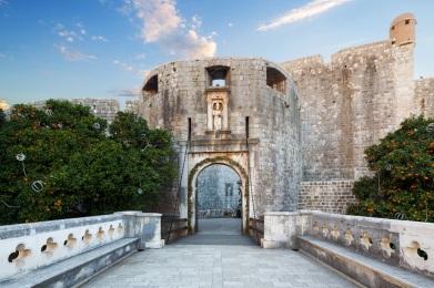 Pile Gate Dubrovnik - godubrovnik.com