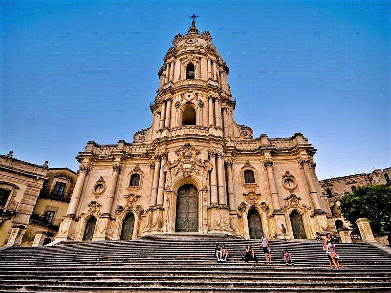 Modica Sicily – Baroque, Churches, Earthquakes, and Chocolate