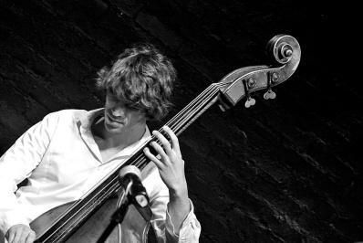 Ariel Zamonsky Argentinian Bass Player - Twitter