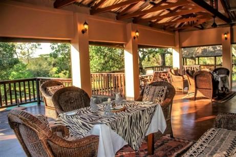 Thula Thula Dining Room - Rhino Africa